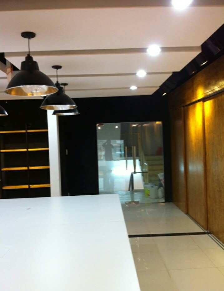 Shop giày Adler- Bình Dương